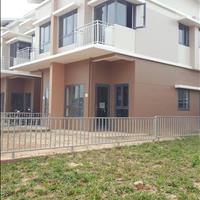 Cần bán gấp căn nhà khu Oasis City gần đại học Việt Đức, giá ưu đãi tặng kèm xe SH