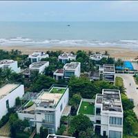 Bán căn hộ 2 phòng ngủ 2wc 90m2, hướng biển Bãi Sau, bàn giao nội thất cao cấp, nhận nhà 2020