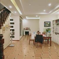 Nhà đẹp, đẳng cấp, phố Vĩnh Phúc, 45m2, 5 tầng, giá 4.5 tỷ