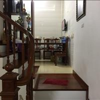 Nhượng lại căn nhà ngay phố Hoàng Như Tiếp, Long Biên, diện tích 41m2, mới xây