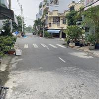 Chính chủ cần bán nhà mặt tiền số 37 khu dân cư Bình Phú, vị trí đẹp, giá tốt