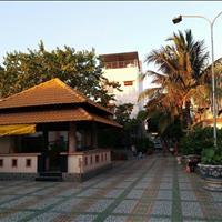 Bán nhà 3 lầu mặt tiền đường Huỳnh Tấn Phát quận 7, diện tích đất 1243m2, giá 110 tỷ