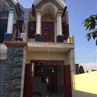 Bán nhà 1 lầu 1 trệt, 4 phòng ngủ, sổ hồng, hỗ trợ vay vốn 70%, gần cầu mới Hoá An