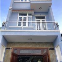 Nhà 4,3m x21m, hướng Tây Bắc, 2 lầu, sân xe hơi sẹc Trần Văn Mười, đường thông gần ngã 4 Giếng Nước