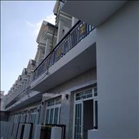 Mở bán nhà 1 lầu, mặt tiền đường Đinh Đức Thiện, cách chợ Bình Chánh 2km