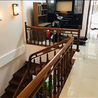 Nhà 2 tầng kiệt ô tô Điện Biên Phủ - nội thất gỗ xịn 100% - có sổ hồng