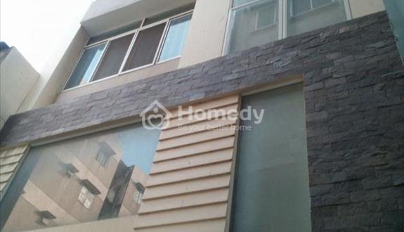 Bán nhà mặt tiền Trần Hưng Đạo, Quận 5, 4x20m, 3 lầu, giá rẻ nhất con đường này