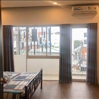 Cho thuê căn hộ 1 phòng ngủ, 1 khách bếp, ban công rộng 50m2 - Phạm Văn Đồng - Bình Thạnh