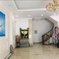 Gia đình cần bán nhà  tại phố Thái Thịnh, thang máy, gara, kinh doanh, 55m2, 6 tầng, giá 6,2 tỷ