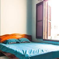 Cho thuê căn hộ dịch vụ (phòng 2-4 người) phố Lạc Long Quân quận Tây Hồ - Hà Nội giá 1.5 triệu
