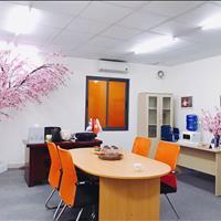 Cho thuê văn phòng 35m2 - 55m2 tại ngã 3 Trung Kính, Yên Hòa vị trí đẹp, tặng thẻ PVI 125 triệu/năm