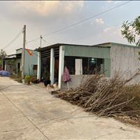 Vỡ nợ sang gấp căn nhà mặt tiền 100m2 (5x20m) sổ riêng thổ cư 100%, sát chợ, khu công nghiệp