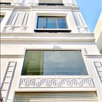 Bán nhà lô nhì đường Huỳnh Tấn Phát phường Phú Mỹ quận 7 3 lầu diện tích sử dụng 240m2 giá 6,1 tỷ