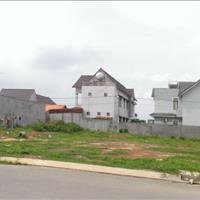 Chính chủ cần bán gấp căn nhà trọ 16 phòng trọ và lô đất rộng ngay chợ buôn bán, kế bên KCN