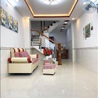 Kẹt tiền cần bán gấp nhà Dương Công Khi, Hóc Môn, giá rẻ trong mùa dịch 965tr (52m2), sổ hồng riêng