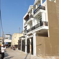 Chính chủ bán căn nhà 3 tầng 68m2 cách đường Hiệp Bình 50m, sổ hồng riêng, ngay chợ Hiệp Bình