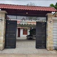 Cho thuê nhà vườn 600m2 trong trung tâm thành phố