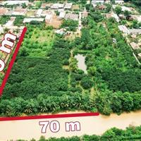 Bán lô đất lớn gần 1ha mặt tiền sông, có sẵn vườn bưởi