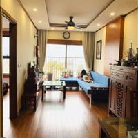 Căn hộ full nội thất gỗ thịt đẹp, 82,5m2, 2 phòng ngủ, 2 WC ban công Đông Nam giá cực tốt