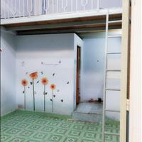 Phòng giá rẻ, có gác, cửa sổ, WC riêng, đường Dương Quảng Hàm, Gò Vấp
