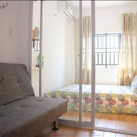 Chính chủ cho thuê CHCC 1 phòng ngủ hiện đại, đầy đủ nội thất, ban công - giá chỉ 7.5 triệu