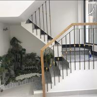 Hot! Không có căn thứ 2! Cần bán nhà mặt tiền Quận 3 chính chủ mới đẹp, 4.85x10m, 6 lầu.
