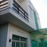 Nhà xây 1 lầu, SHR, công chứng nhanh, mua ở liền, sát chợ, liền kề KCN, cho thuê 3tr/tháng giá 100%