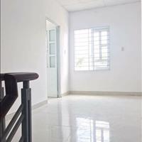 Cho thuê nhà mặt tiền đường Mậu Thân ngang 8m dài 17m phường Xuân Khánh giá 60 triệu