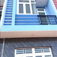 Nhà mới xây 1 lầu 2PN 56m2 giá 726tr chính chủ gần 3 KCN thương lượng bán kính 50m tiện nghi có đủ