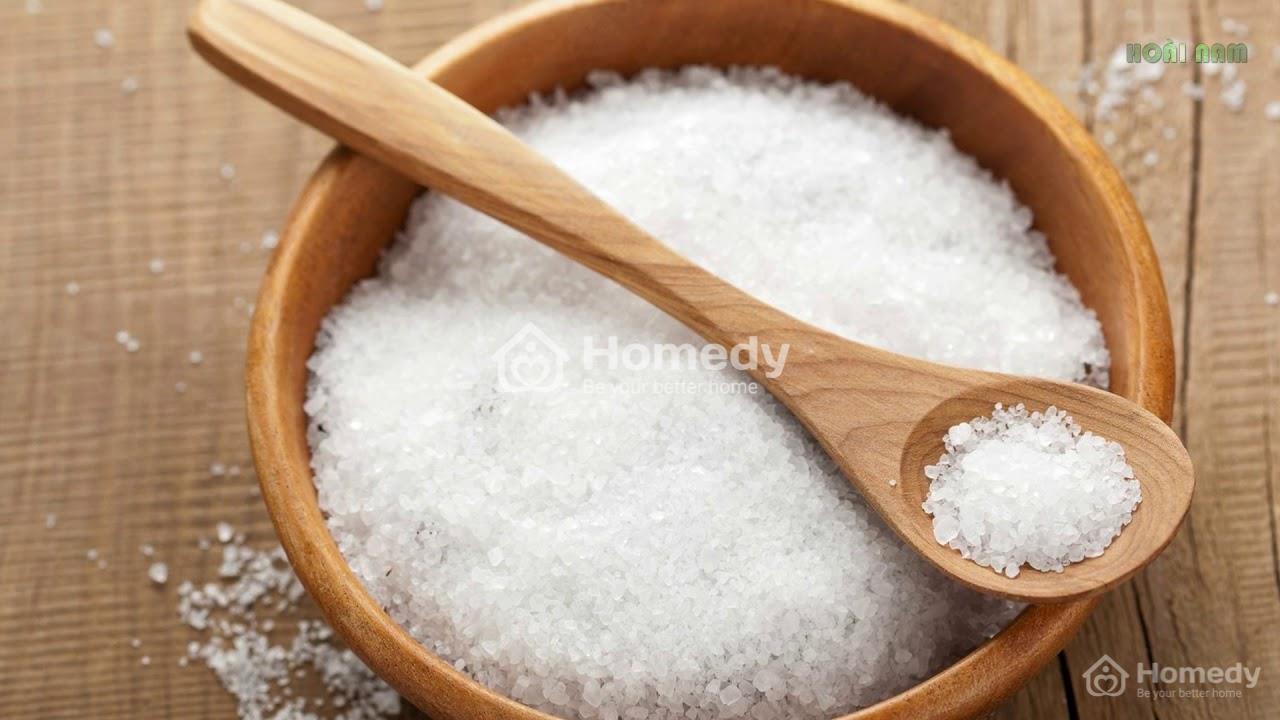Cách xông nhà xả xui bằng muối