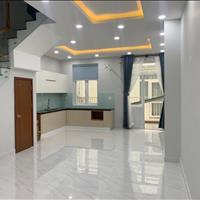 Nhà nội thất cơ bản - 1 trệt 2 lầu - 3 PN 3wc - tiện ở hoặc làm công ty - có hồ bơi, gym, gara ô tô