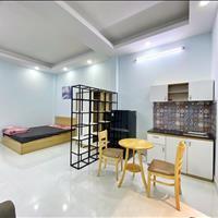 Cho thuê căn hộ Quận 3 - Trần Văn Đang, full nội thất, gần vòng xoay dân chủ