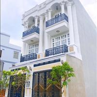 Bán nhà Vincom Thủ Đức, đường số 9, Tô Vĩnh Diện, sân ô tô, 68m2