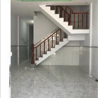 Cần tiền bán nhà 1 trệt 1 lầu sổ hồng riêng mặt tiền đường 5x20m