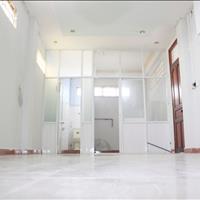 Phòng ban công - máy lạnh - kệ bếp, bảo vệ 24/24, gần Hàng Xanh