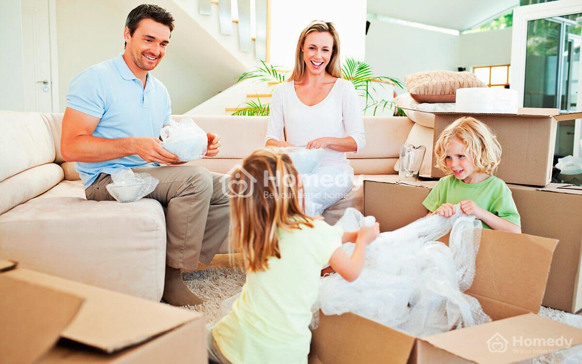 Dọn về nhà mới mang gì vào trước?