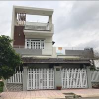 Bán nhà mặt tiền đường D8, Tân An - Long An 200m2