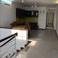 Cho thuê nhà 1 trệt 4 lầu, 4.2mx27m, Quận 3 giá 45 triệu
