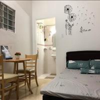 Căn hộ tiện nghi full nội thất, gần chợ Bến Thành, có bảo vệ, 168 Cô Giang, giá chỉ từ 3.8 triệu
