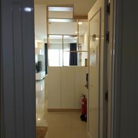 Cần bán căn hộ 2 phòng ngủ full nội thất tầng cao hướng Đông Nam mát mẻ