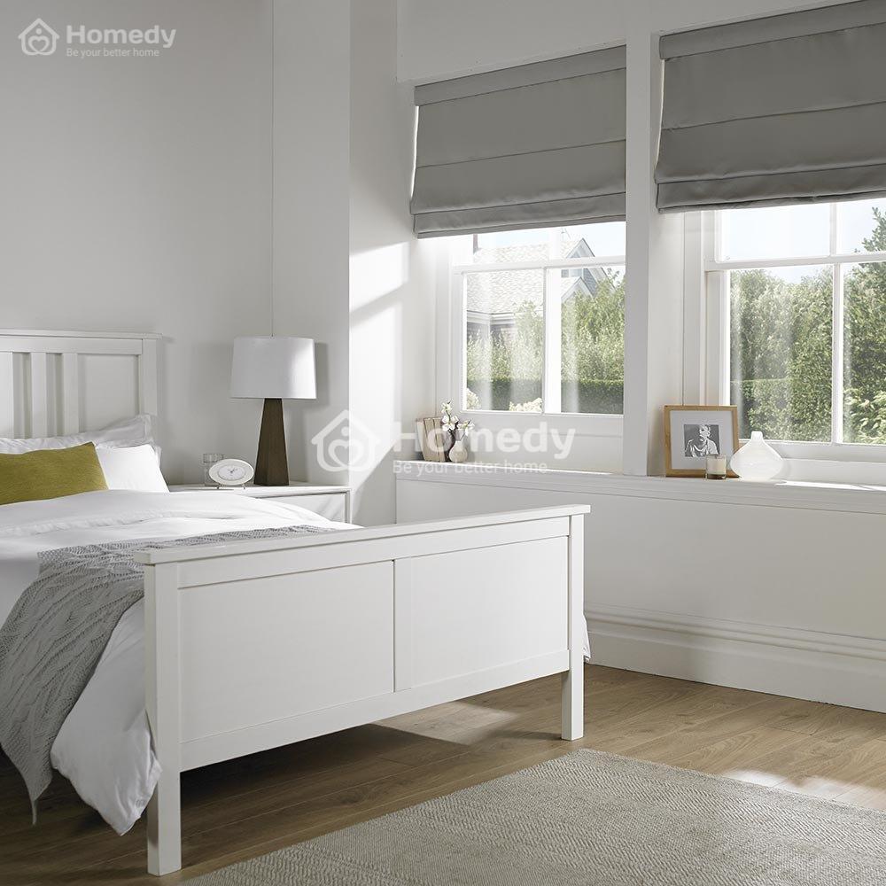 Sử dụng rèm cửa và vải bọc nội thất sáng màu