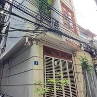 Cho thuê nhà riêng tại phố Gia Quất, Thượng Thanh, Long Biên, 35m2, 4 tầng, giá 8 triệu/tháng