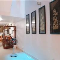 Cần bán gấp nhà đẹp phân lô 70m2, 4,5 tầng Nguyễn Chí Thanh, ô tô 7 chỗ đỗ,7.5 tỷ