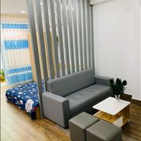 Giảm giá căn hộ nằm cạnh Quận 1, có gác sàn gỗ full nội thất ở cạnh cầu chữ Y Quận 8