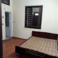 Chính chủ cần thuê căn hộ diện tích 60m2, giá rẻ tại 30 Phạm Văn Đồng