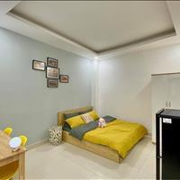 Cho thuê căn hộ quận Tân Bình, gần sân bay, full nội thất, mới tinh, có thang máy, KM giảm 15%