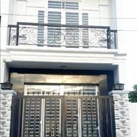 Bán nhà ngay khu dân cư Phong Phú - giá 1,7 tỷ tặng 1 bộ sofa hàng cao cấp