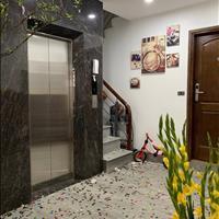 Cần bán căn nhà 6 tầng thang máy tại phố Ngọc Hà