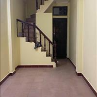 Cho thuê nhà nguyên căn Lý Nam Đế 4 tầng 45m2, 12 triệu
