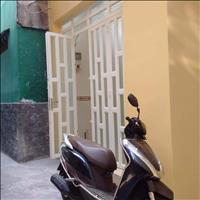 Chính chủ cần thu hồi vốn bán gấp nhà riêng, sẵn sổ, giá hấp dẫn, hẻm 766 Hưng Phú, P12, Quận 8